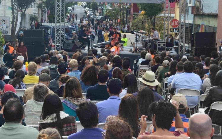 El grupo francés de jazz progresivo atrajo a gran cantidad de público. (Foto Fernando Montero)