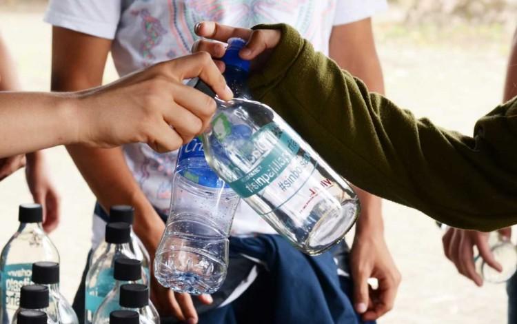 intercambio_botellas_plastico_