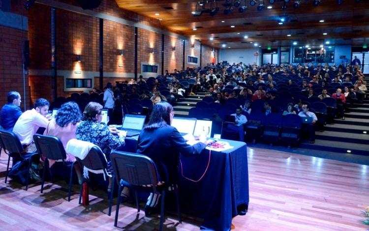 directorio y congresitas en centro de las artes