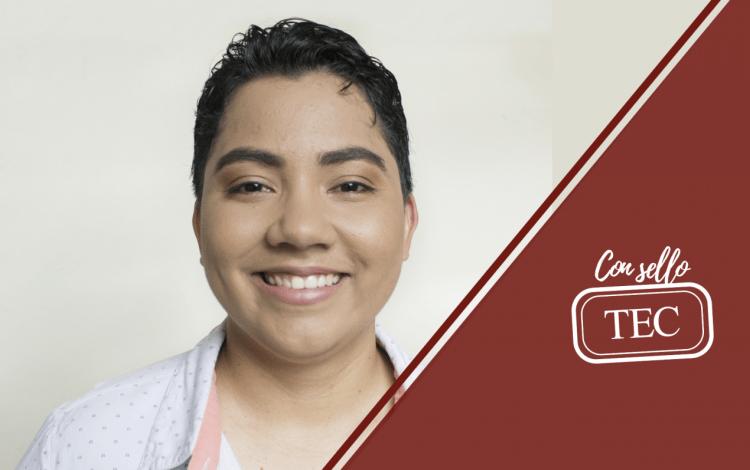 Retrato de Roció Quirós sonriendo.
