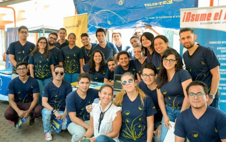 estudiantes volunTEC