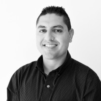 Kenneth Mora Pérez, Comunicador.