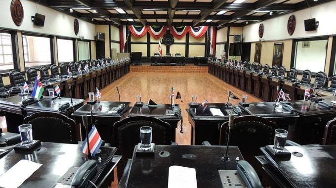 plenario de la asamblea legislativa con sus curules