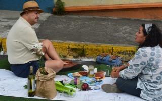 """El """"pique-nique"""" fue tomado muy en serio por algunos asistentes al Festival (Foto: Fernando Montero)"""