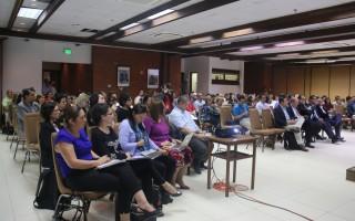 Durante el debate también se evidenció que los profesores de las universidades públicas no solo se dedican a la docencia sino a la investigación y a la creación de conocimientos. (Foto: Irina Grajales / OCM).