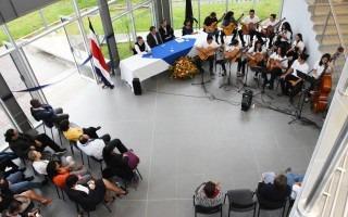 La Orquesta de Guitarras del TEC amenizó el acto inaugural. Foto: Ruth Garita/OCM.