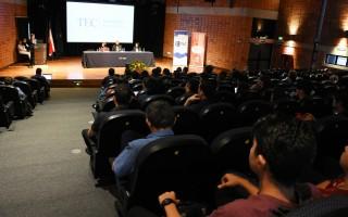 Entre el público hubo investigadores, profesores, estudiantes y representantes del sector empresarial. El evento fue gratuito.