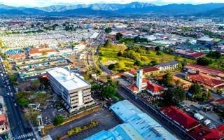 Vista aérea de la transversal 24, donde la Municipalidad de San José pretende impulsar el desarrollo de un distrito tecnológico. Cortesía Municipalidad de San José.
