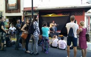 Las calles de Barrio Amón cambiarán los vehículos por actividades recreativas y artísticas.