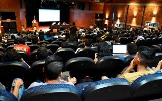 La Asamblea General de Estudiantes (AGE) es el máximo órgano de decisiones estudiantiles (Fotografía: Ruth Garita/Archivo OCM)