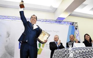 El científico Iván Vargas, tras lograr la primera descarga de plasma en un dispositivo único en Latinoamérica, fue declarado Premio Nacional de Tecnología, Clodomiro Picado Twigth 2016. (Foto: Ruth Garita / OCM).