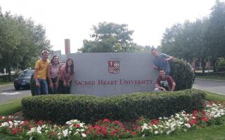 Estudiantes de las diferentes carreras del TEC realizaron una pasantía de tres semanas, en la Universidad Sacred Heart en Fairfield, el año anterior. (Foto cortesía de Nuria Vindas).