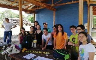 Imagen de varios estudiantes de IntegraTEC en capacitación como mentores