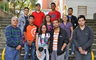 Los jóvenes panameños que visitaron Costa Rica posan para una fotografía.