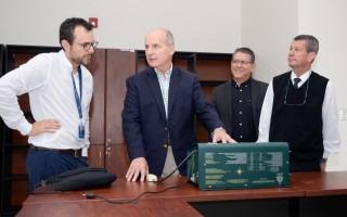 expresidente Figueres conversa con autoridades del TEC