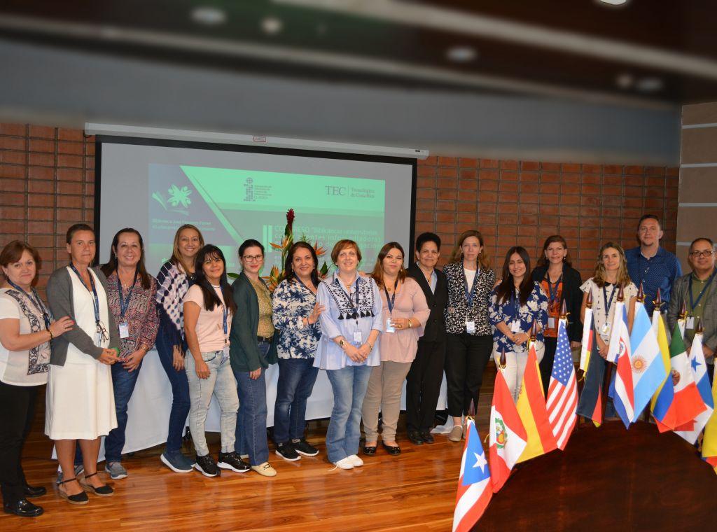 Participantes en la XV Reunión de Directores de Centros de Información CLADEA