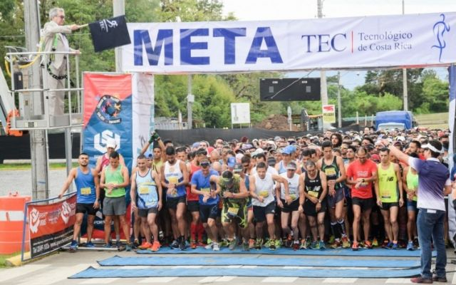 Hibert Mora y Daniela Montoya son los triunfadores de la tradicional Clásica Atlética del TEC