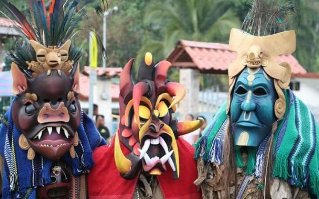 Estudiante indígena obtuvo importante distinción en el Juego de los Diablitos de Boruca