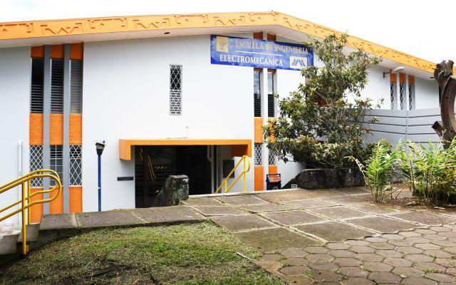 edificio de dos pisos de electromecánica