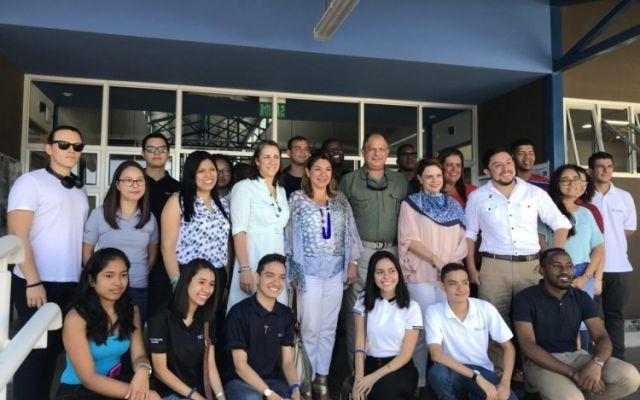 Presidente de la República visita las nuevas instalaciones del Centro Académico de Limón