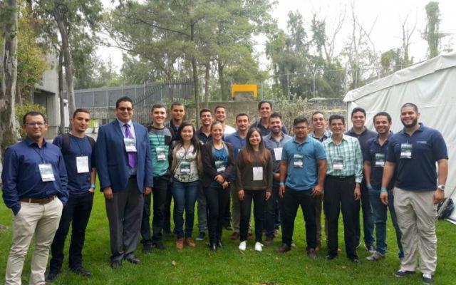 Investigadores en plasma vuelven a representar a Costa Rica en conferencia internacional