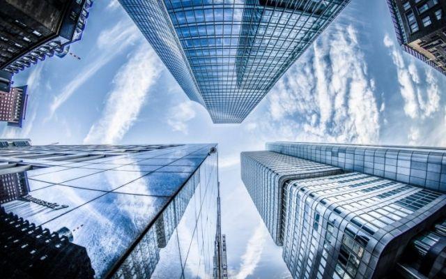 Tecnología inteligente en edificios aumenta el rendimiento, protege la naturaleza y ahorra costos
