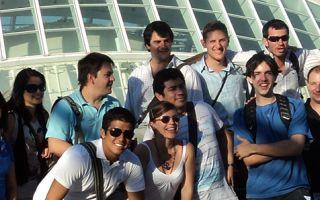 Jóvenes de intercambios estudiantiles