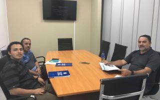 Máster Juan Carlos Salas Jiménez, coordinador del CTTM, reunido con personeros de Planta Panamá BG METAL TRADE INC