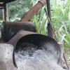 Antigua caldera de leña para calentar el agua y pasteurizar la leche en LLAFRAK (Juanilama de Santa Rosa de Pocosol).