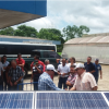 Explicación a productores de Dos Pinos procedentes de Zarcero, el funcionamiento de los sistemas solares instalados en el ITCR-SSC